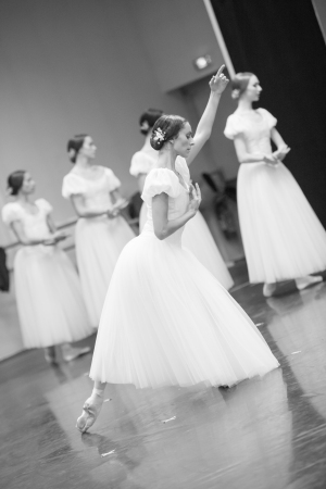 repetition-giselle1677-julie-charlet-credit-david-herrero